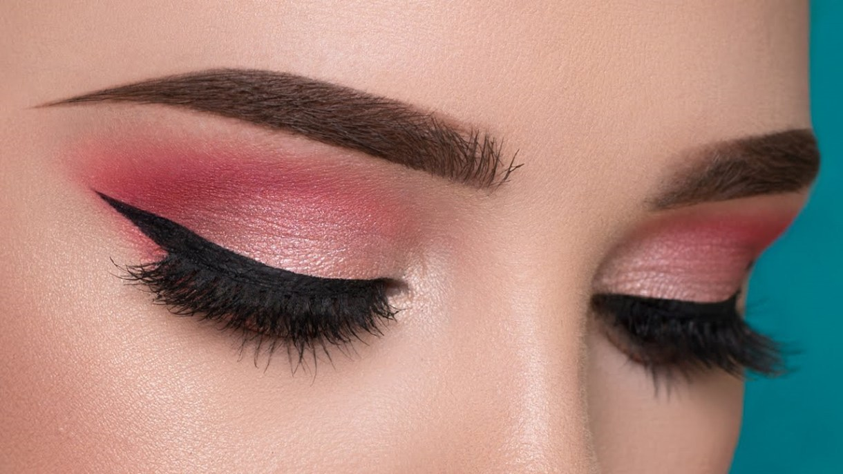 Natural Pink Eye Makeup Looks
