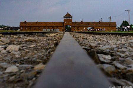 Auschwitz-10