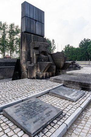Auschwitz-18