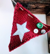 knit-bunting2