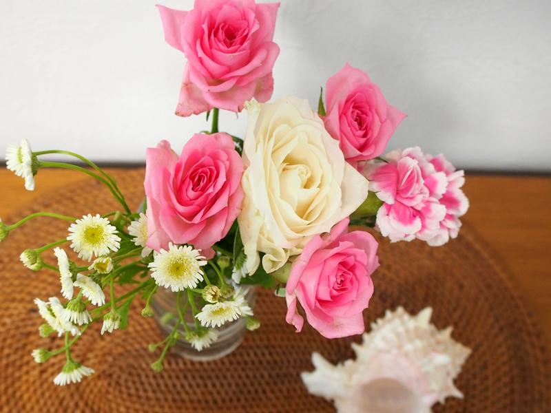 「bloomeeLIFE」800円の花束