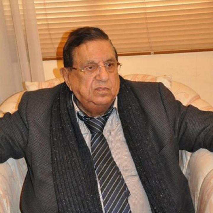 """وزير الاتصالات و الطاقة الأسبق """"هاشم الدباس"""" في ذمة الله<br>"""