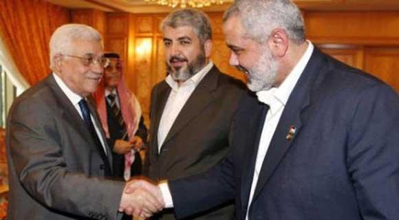 تفاصيل لقاء عباس مع مشعل وهنية بالدوحة: عباس أمام خيارين الصلح مع حماس أو دحلان