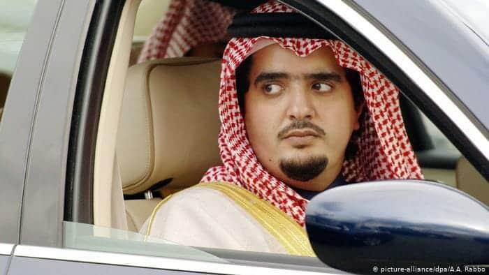 """الأمير المعتقل """"عبد العزيز بن فهد"""" يُصاب بمرض عقليّ ويفقد ذاكرته .. هذا ما حدث لوالدته بعدما رأته!"""