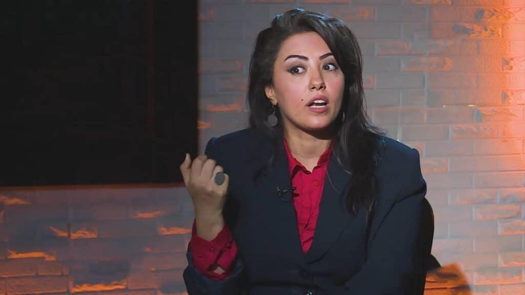 هذا مخططه لإرغامها على مواجهة محتملة.. كاتبة يمنية تحذر: ابن سلمان يرفض بقاء سلطنة عُمان على خط الحياد