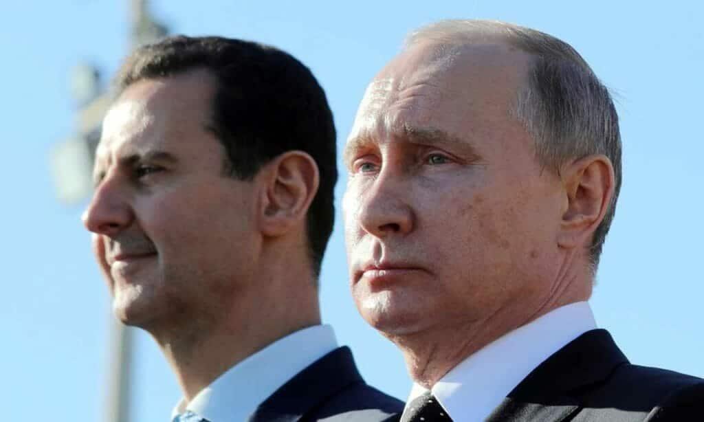 """""""شاهد"""" كيف أهان بوتين الأسد وسط جنوده وهكذا ظهر بشار """"ذليلا"""" مكسورا أمام الكاميرات"""