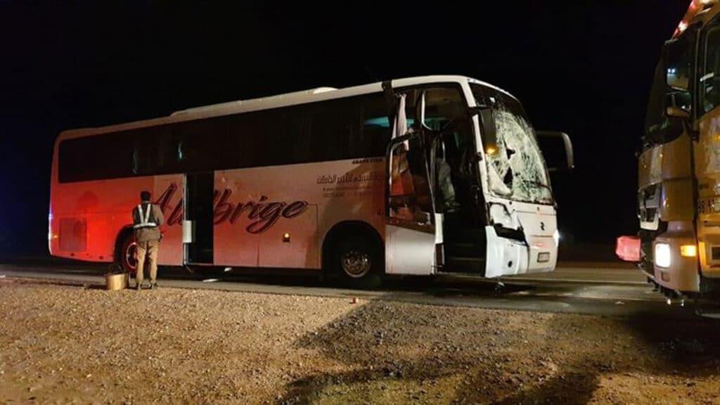 تعرضت حافلة معتمرين أردنيين لحادث بشع في السعودية