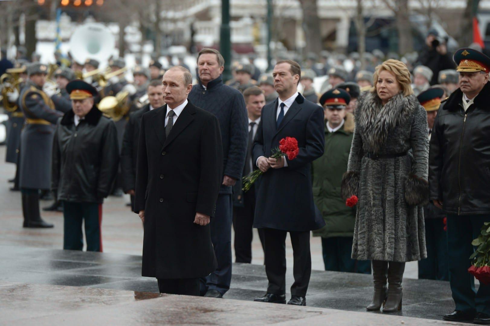روسيا تحتفل بيوم حماة الوطن