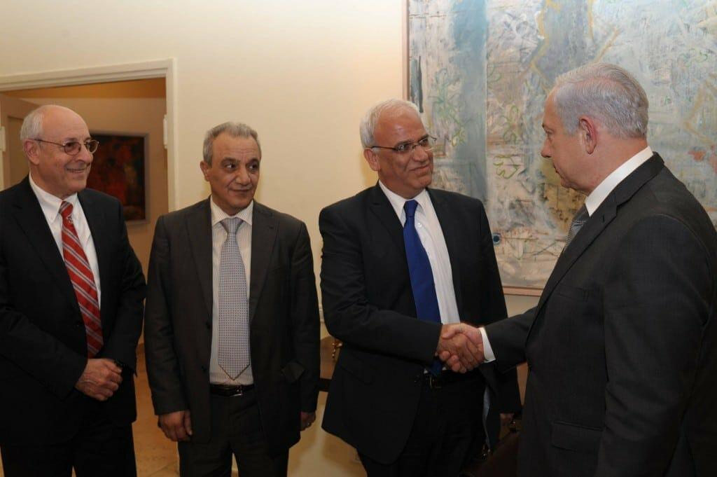 """كبير المفاوضين الفلسطينيين يكشف هدف لقاء وزير الخارجية العُماني بـ""""نتنياهو"""" في وراسو"""