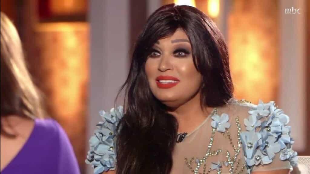 """""""أنا عيانة"""" .. صحة فيفي عبده تنتكس مجدداً وتطلب الدعاء لها كي تعود لوصلات الرقص!"""