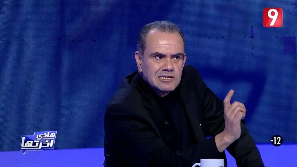 """""""شاهد"""" إعلامي تونسي يبارك إعدام السيسي لـ""""9″ من المعارضين ويثير جدلاً واسعاً"""