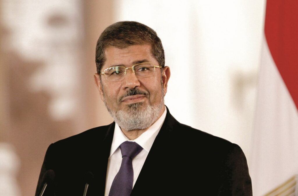 """الإمارات مولت عصابات تخريبية في مصر أثناء حكم """"مرسي"""" لإحداث فوضى وتقليب الرأي العام"""