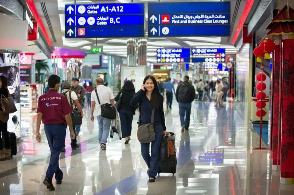 باعتراف الإمارات .. مطار دبي يتعرّض لكارثة حقيقيّة هذه تفاصيلُها!