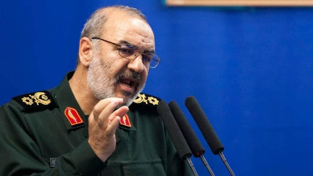 """""""شاهد"""" نائب قائد الحرس الثوري الإيراني: على آل سعود أن يشكروا الله يوميا على أن يوما آخر أضيف لحكمهم"""