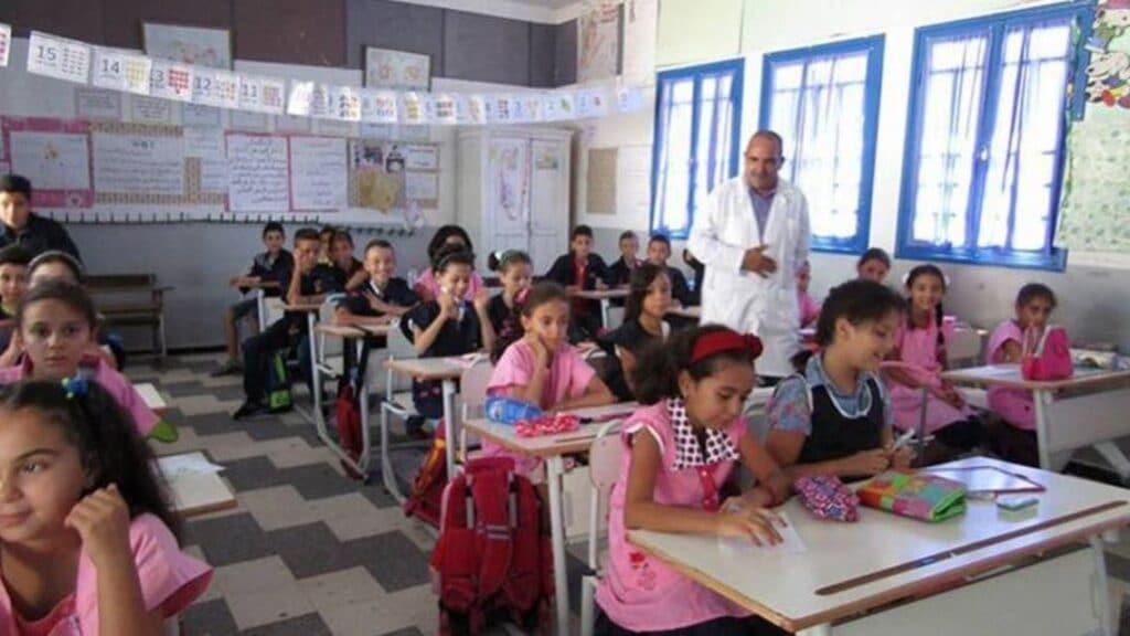 تونس تقرر تعليم طلبة الابتدائية والاعدادية التربية الجنسية