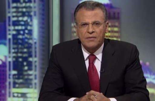 جمال ريان ساخرا من إعلامي إماراتي قبَّل حذاء ابن زايد على الهواء: هل سيحذو الإماراتيون حذوه!