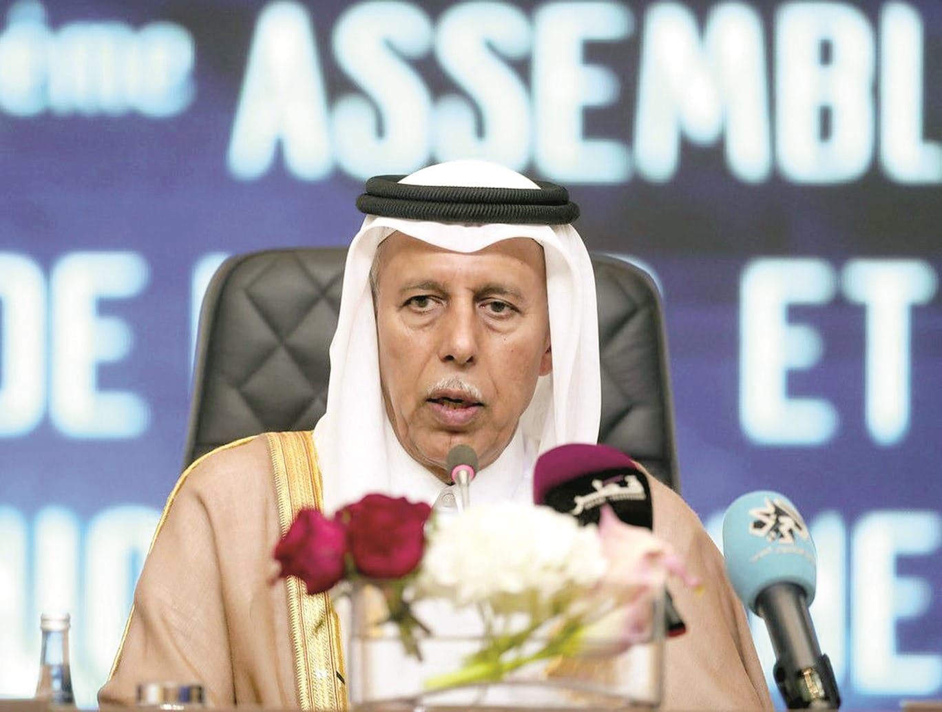 """رئيس مجلس الشورى القطري يفاجئ الجميع ويكشف محاولة """"دول الحصار"""" اليائسة"""