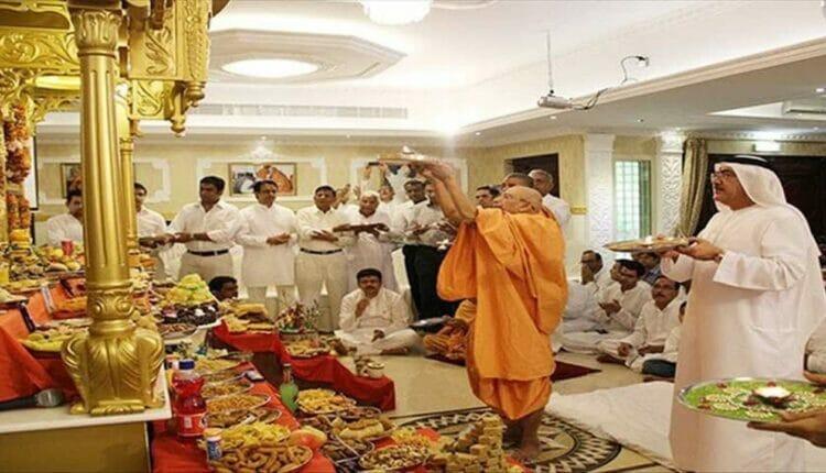 أول معبد هندوسي في الخليج