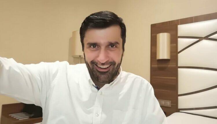 الدكتور عبد العزيز الأنصاري