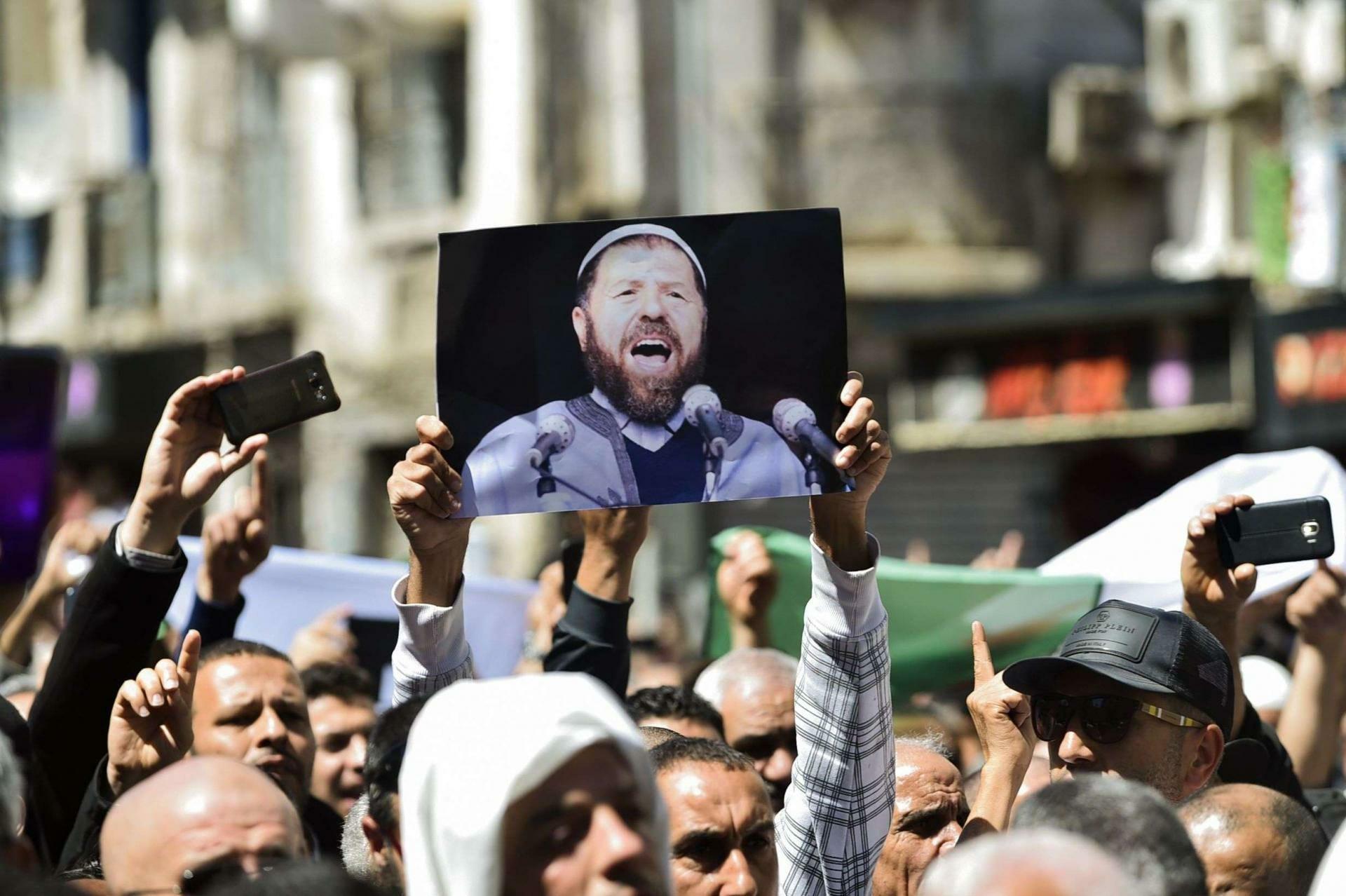 جنازة الشيخ عباسي مدني