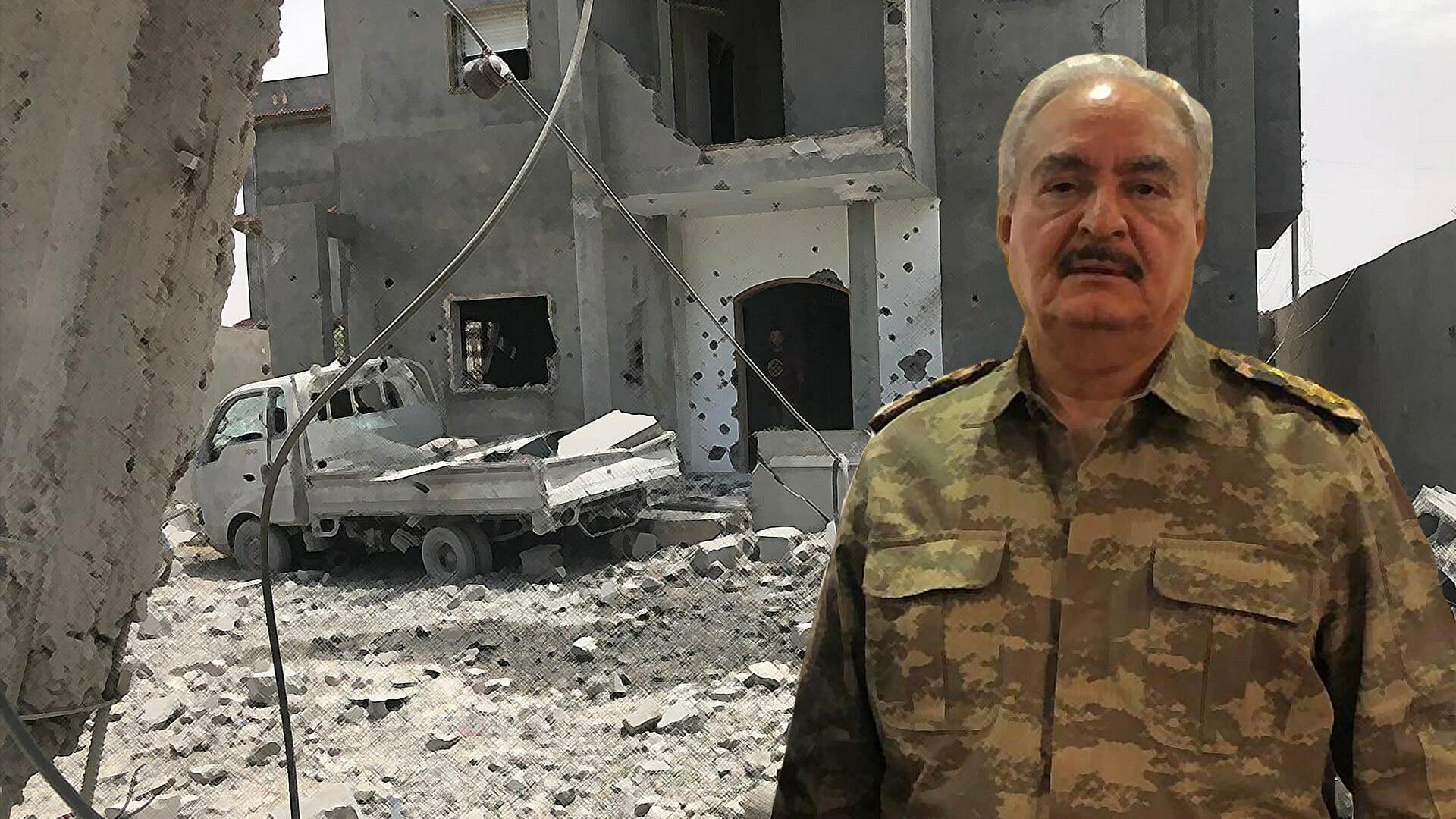 """أول فيديو لاقتحام قاعدة """"تمنهنت"""".. هروب جماعي لجنود حفتر بعد سقوط قتلى منهم واغتنام أسلحتهم"""