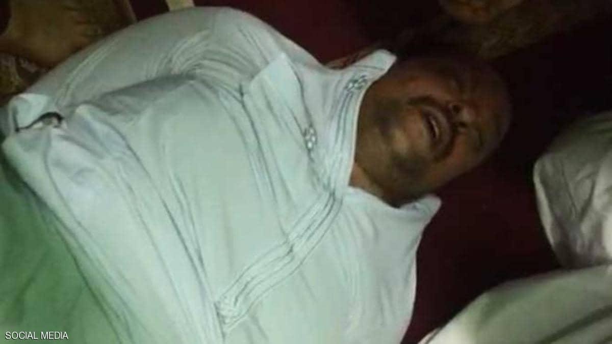 شاهد  لحظة القبض على قاتل إمام مسجد في مصر خلال صلاة الجمعة وماذا فعل به المصلّون؟