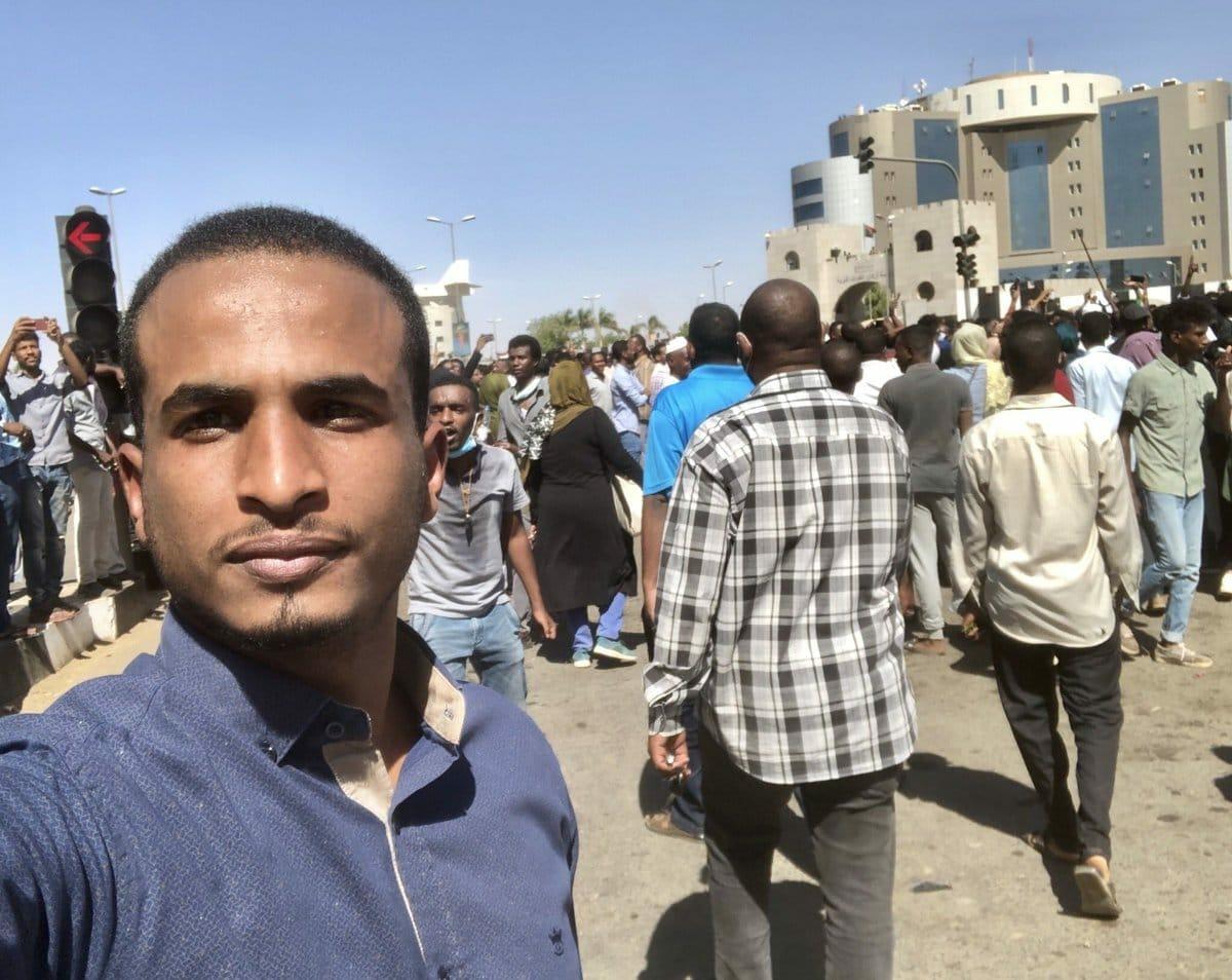 """مراسلو """"الجزيرة"""" يعودون للعمل في السودان بعد الإطاحة بالبشير"""