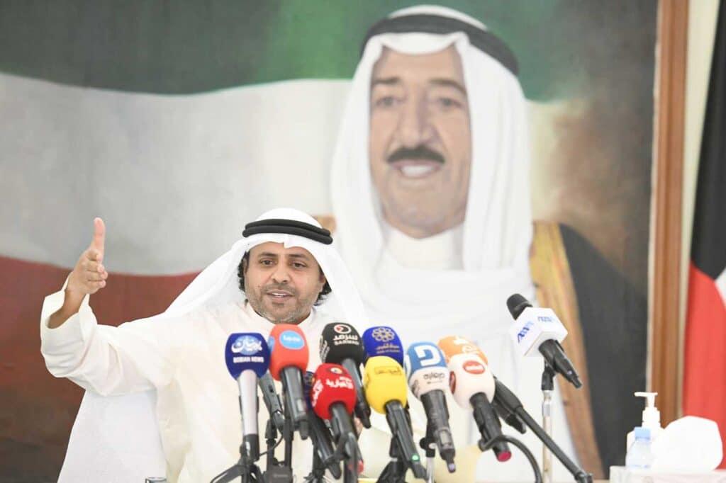 بعد استجوابه في مجلس الأمة .. هل قرر وزير الإعلام الكويتي محمد الجبري الإستقالة؟