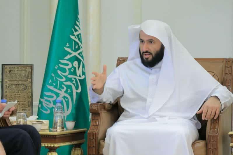 وزير العدل السعودي يعيش في كوكب آخر: إيقاف أي شخص دقيقة واحدة بالخطأ يعتبر جريمة