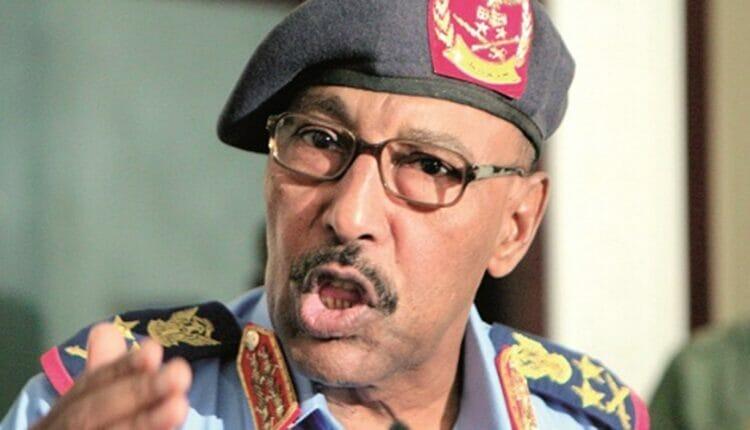 وزير الدفاع السوداني عبدالرحيم محمد حسن