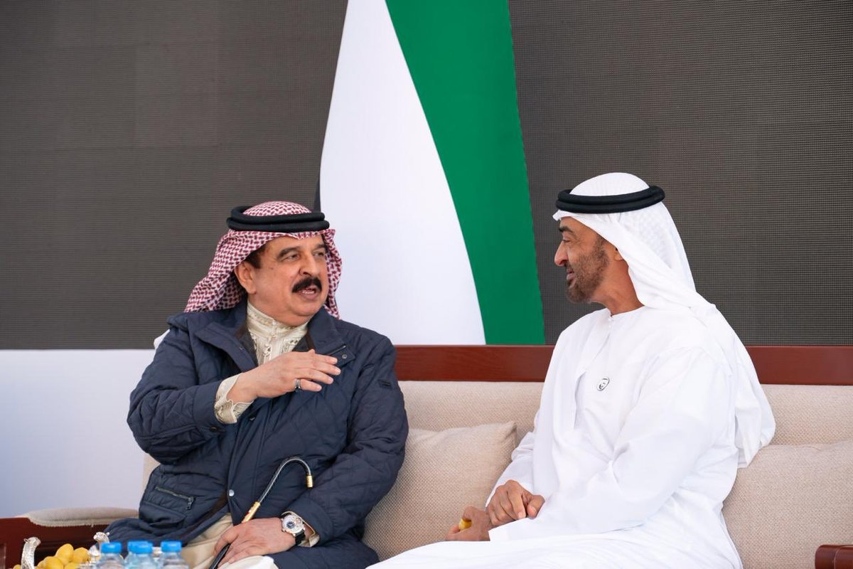 ملك البحرين ومحمد بن زايد
