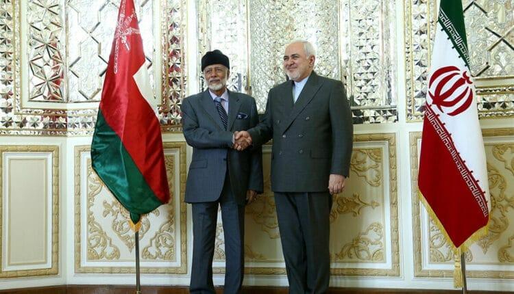لقاء وزير خارجية عُمان يوسف بن علوي مع نظيره الإيراني