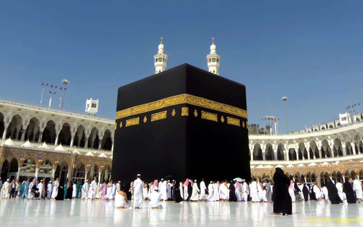 ما حقيقة منع السعودية الطيران فوق مكة