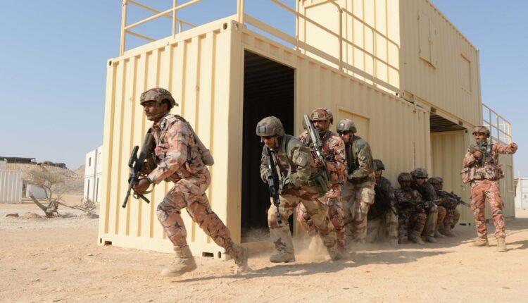 قوة السلطان الخاصة بسلطنة عمان تنفذ إجراءً عسكرياً في قطر