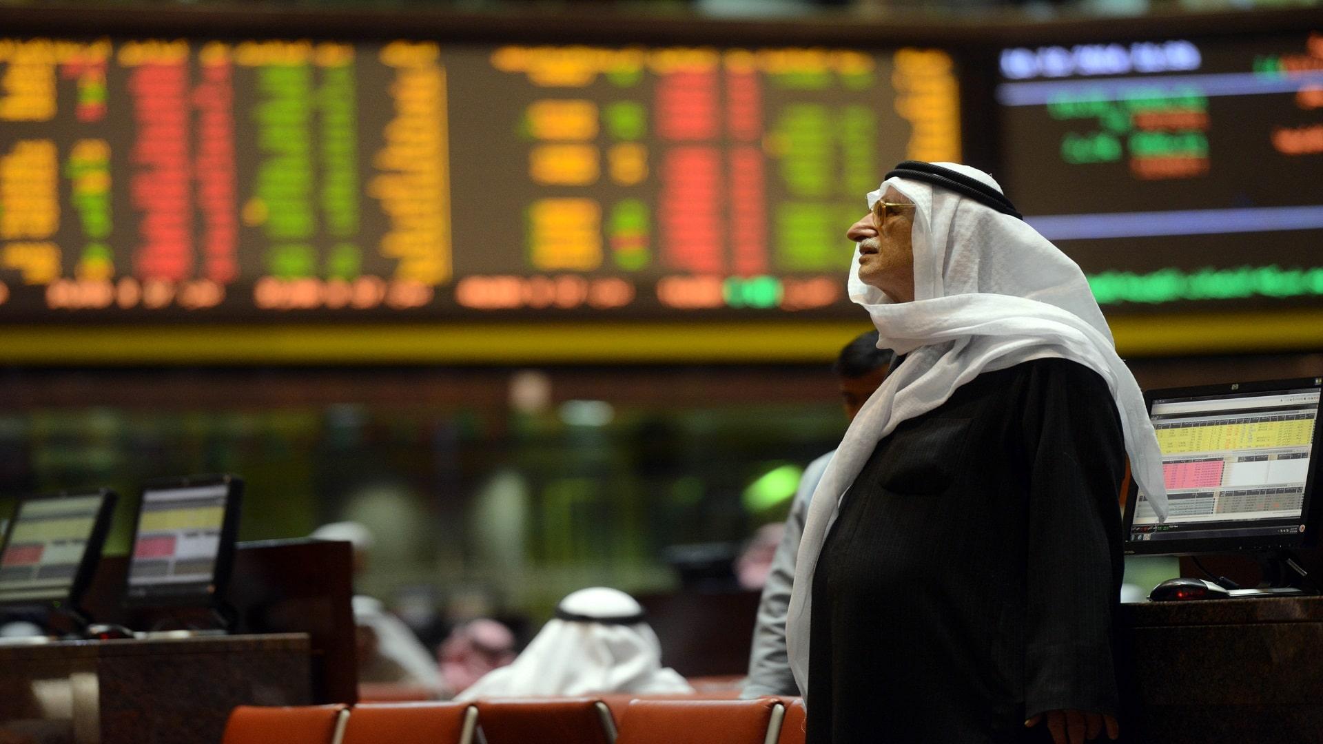 خسائر فادحة.. كورونا يضرب البورصات الخليجية والسعودية أكبر الخاسرين