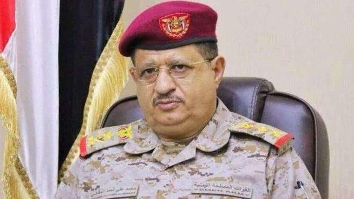 """بصمات """"عيال زايد"""" واضحة.. هكذا نجا وزير الدفاع اليمني بمعجزة من محاولة اغتيال ومقتل 6 من مرافقيه"""