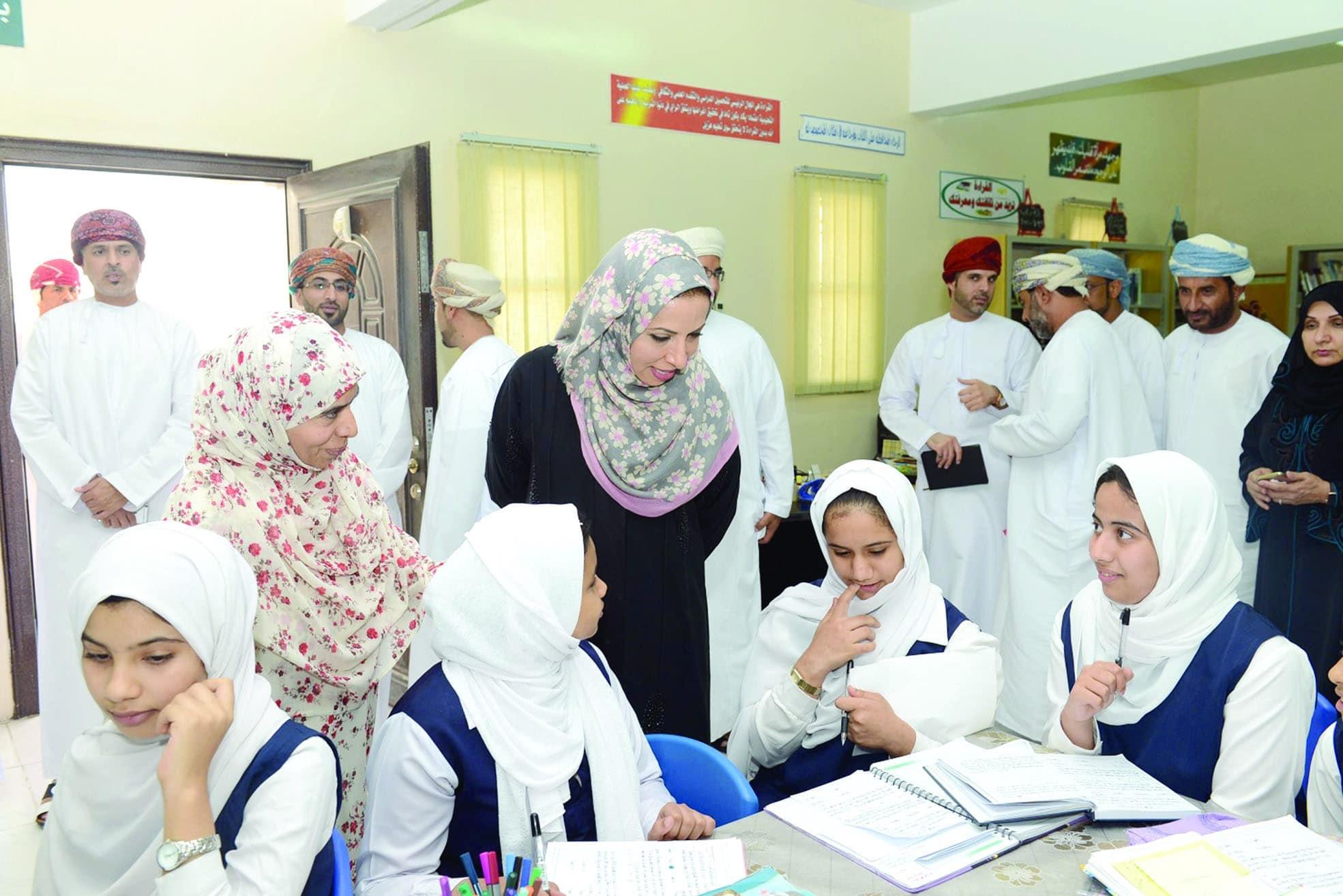 اغلاق المدارس في سلطنة عمان لتفشي كورونا