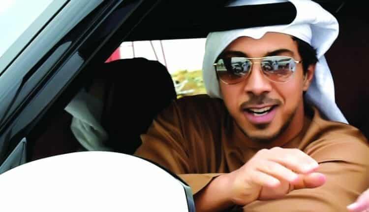 منصور بن زايد غاضب من صبي شقيقه فأمر بإيقافه في مطار ابوظبي وإعادته الى لندن