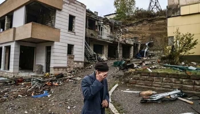 """أرمينيا لجأت لسلوك """"الضباع"""" وخرقت الهدنة قبل أن تبدأ وأذربيجان تتوعد برد ساحق بعد قصف المدنيين بالصواريخ"""