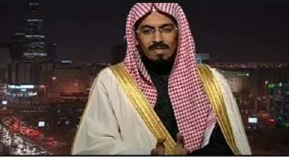 داعية سعودي يلمح لتطبيع قريب بإمضاء ابن سلمان: سأتشرف بالصلاة في الأقصى وأسعد بزيارة تل أبيب
