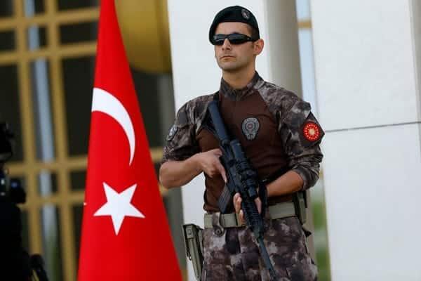 المخابرات التركية تلقي القبض على جاسوس يعمل لصالح الإمارات