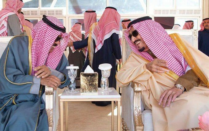 هذا ما أخبر به الملك سلمان أمير الكويت بشأن المصالحة مع قطر.. الشيخ نواف مستبشر وهذه التفاصيل