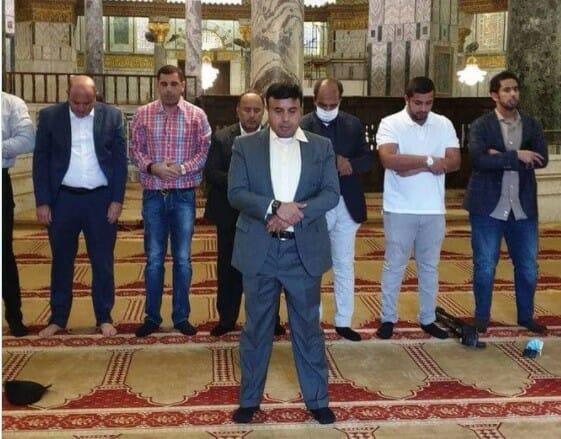 الوفد الإماراتي التطبيعي يدنس المسجد الأقصى بحماية شرطة الإحتلال