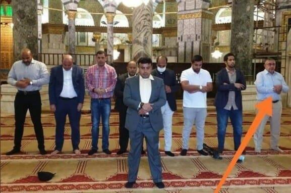 الوفد التطبيعي الإماراتي يصلي في المسجد الأقصى