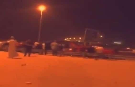 تجمعات شبابية على جسر الصبية