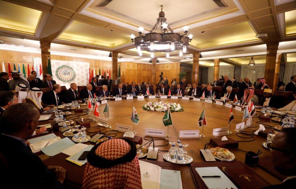 """جامعة الدول العربية تكافئ بشار الأسد على قتله شعبه وتهجيره.. عودة سوريا لمقعدها بالجامعة """"مسألة وقت"""""""