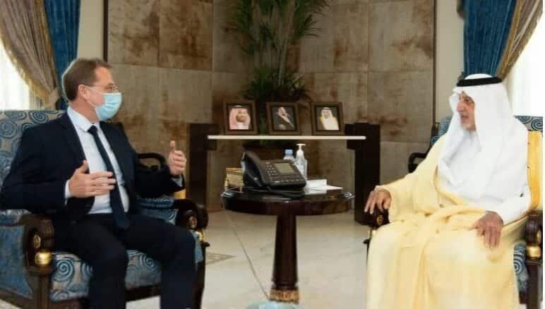 خالد الفيصل والسفير الفرنسي