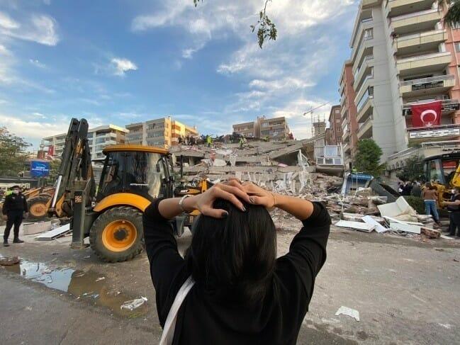 زلزال ازمير حادث إزمير