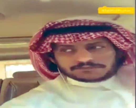سعودي يعتدي على القبائل
