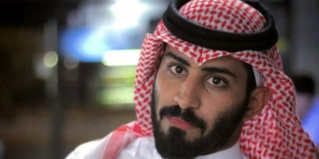 """مغرد شهير يدعو الله أن يكون أول زائر سعودي لـ إسرائيل ليتبرع بأمواله لجيشها لمواجهة """"حماس"""""""